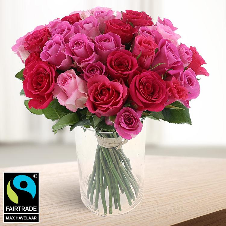 Amour - 40 ROSES EN CAMAÏEU ROSE ET SON VASE -