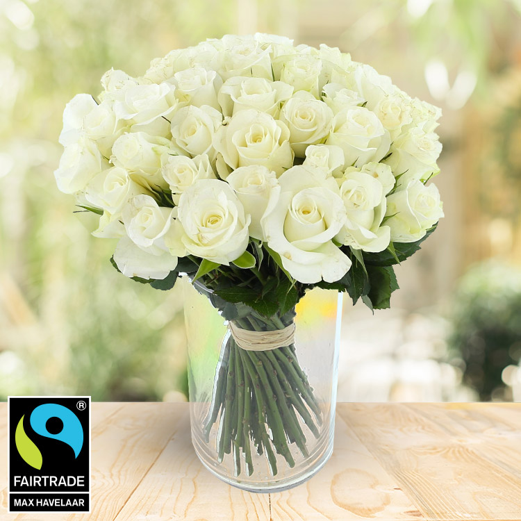 50 roses blanches + vase