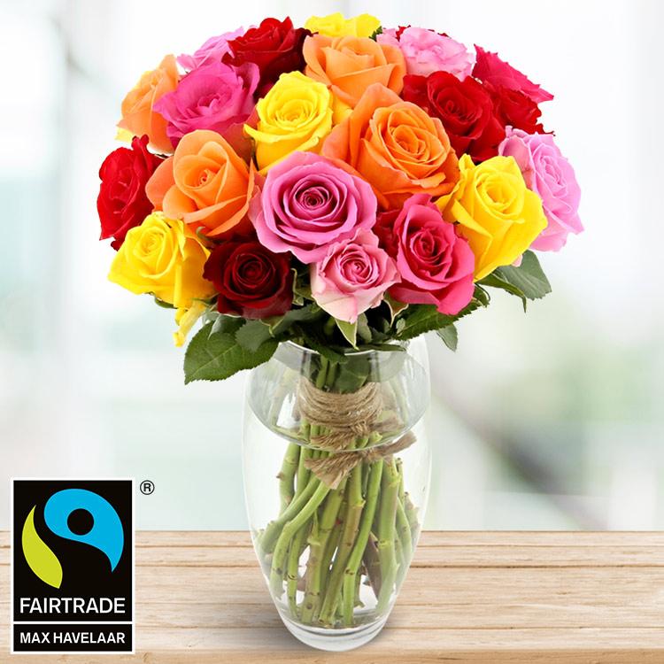 <b>Fête des mères</b> - BOUQUET DE ROSES VARIÉES ET SON VASE -