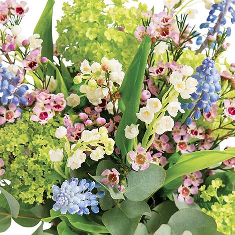 1er-mai-et-son-vase-offert-2352.jpg