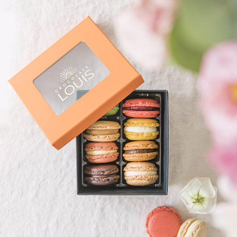 etui-de-8-macarons-chocolats-louis-12172.jpg