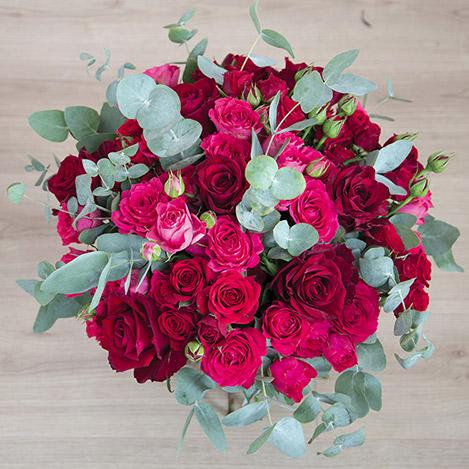 red-symphonie-et-son-vase-5468.jpg