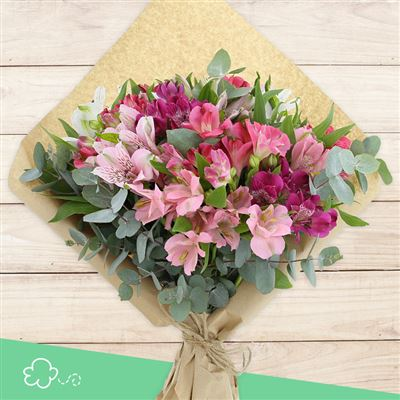 Bouquet d'alstroemerias roses