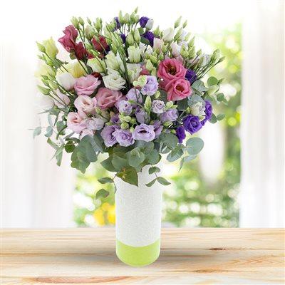 Bouquet de lisianthus pastel et son vase