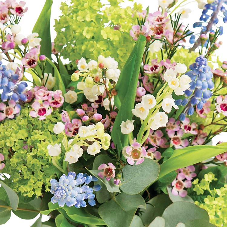 1er-mai-et-son-vase-offert-750-2352.jpg