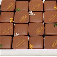boite-prestige-de-chocolat-au-lait-200-1517.jpg