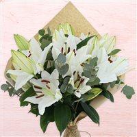 bouquet-de-lys-blancs-200-2517.jpg