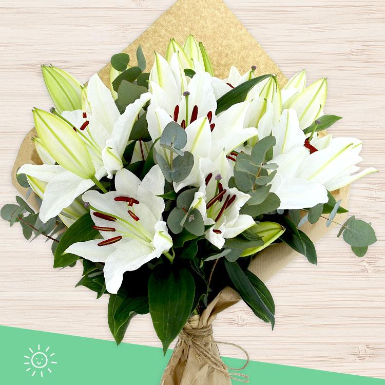 bouquet-de-lys-blancs-200-4195.jpg