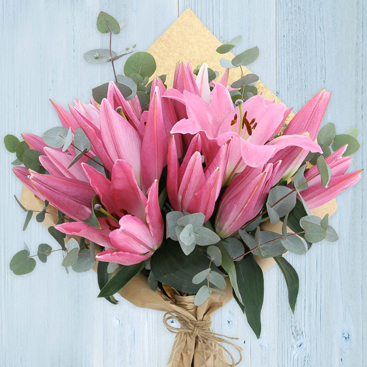 bouquet-de-lys-roses-200-2523.jpg