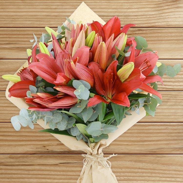 bouquet-de-lys-rouges-200-3046.jpg