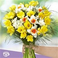bouquet-de-narcisses-et-son-masque-b-200-4027.jpg