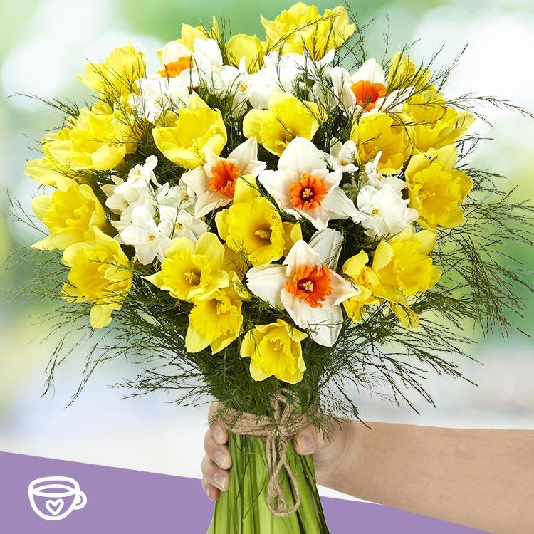 bouquet-de-narcisses-et-son-masque-b-750-4027.jpg