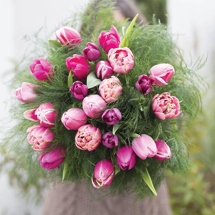 love-tulipes-xxl-et-son-vase-750-5867.jpg