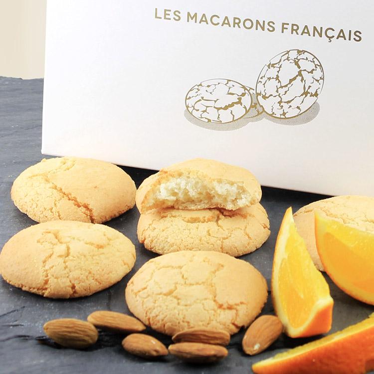 macarons-francais-aux-amandes-et-zes-200-3962.jpg