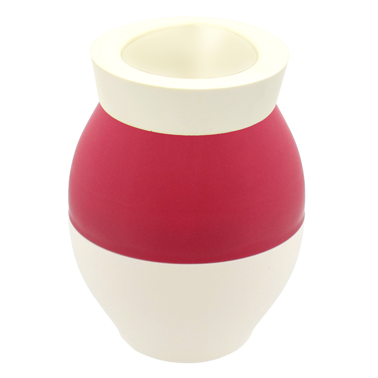 noel-et-son-vase-750-2114.jpg