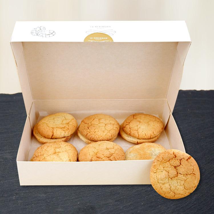 poinsettia-et-ses-macarons-francais-750-3673.jpg