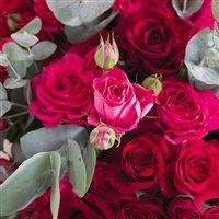 red-symphonie-xxl-et-son-vase-200-5473.jpg
