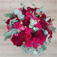 red-symphonie-xxl-et-son-vase-200-5474.jpg