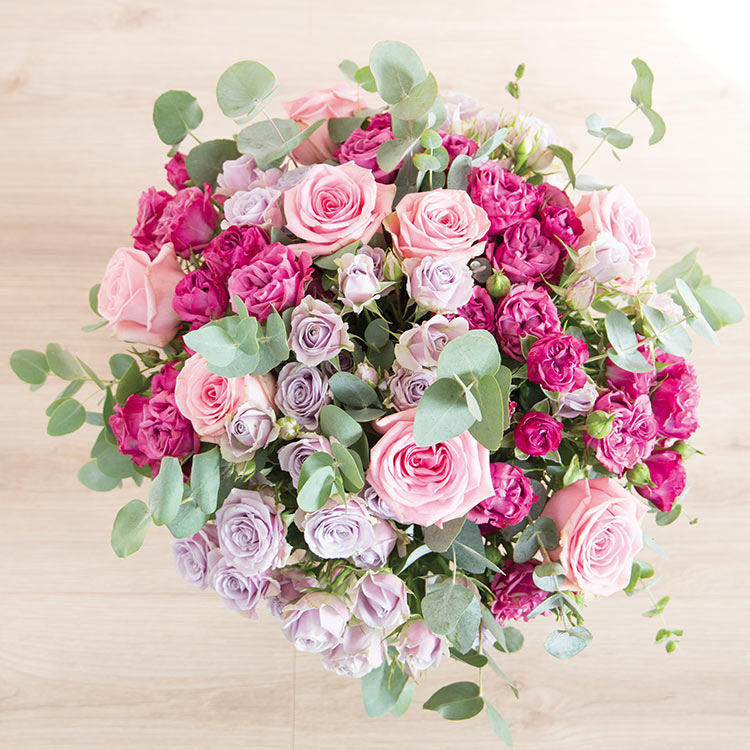 rose-symphonie-et-son-vase-750-5477.jpg