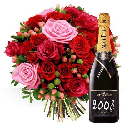 Saint valentin livraison de fleurs pour les valentins for Bouquet st valentin pas cher
