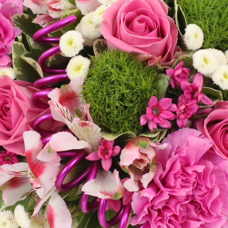 Coffret naissance livraison fleurs naissance for Bouquet de fleurs pour une naissance
