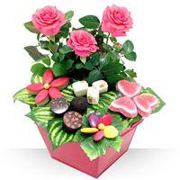 Création gourmande à base de chocolats, calissons et confiseries pour la fête...