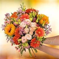 Le bouquet Summer Souvenir sait démontrer que l'automne ne résonne pas forcém...